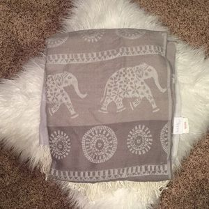 Adorable Pattern Elephant Scarf Nicole Miller Home